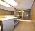 المشروع الارقى في اسنيورت، تشطيبات سوبر ديلوكس، خدمات فندقية